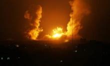 المرصد السوري: استهداف مركز تطوير صواريخ وإصابة 17 شخصا