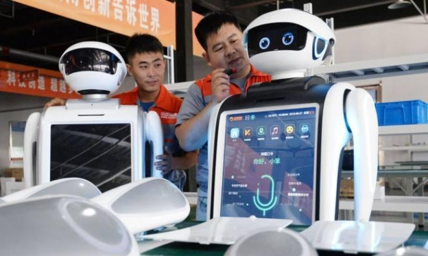 الشركات التكنولوجية الصينية: إما العمل لساعات طويلة وإما الطرد!