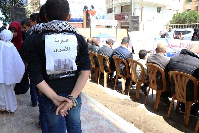 غزة: مهرجان مركزي إحياءً ليوم الأسير