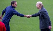 نجم مانشستر يونايتد يعلق على اهتمام برشلونة