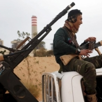 205 أشخاص قتلوا بمعارك طرابلس وجلسة طارئة لمجلس الأمن