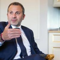هل التقى وزير الخارجية اللبناني بمسؤول إسرائيلي بموسكو؟