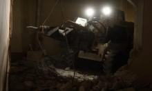 الخليل: الاحتلال يهدم شقتين في مبنى لعائلة ارفاعية