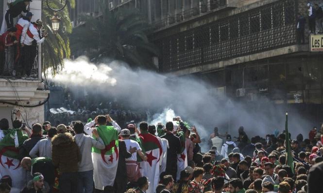 للجمعة التاسعة على التوالي: الجزائريون في الشارع حتى رحيل النظام