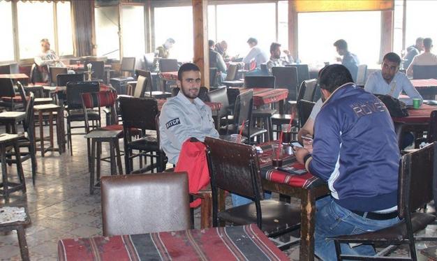 """مقهى """"الكمال"""" موروث ثقافي في شمال الأردن"""