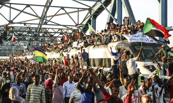 السودان: العسكري الانتقالي يعلن استقالة 3 من أعضائه