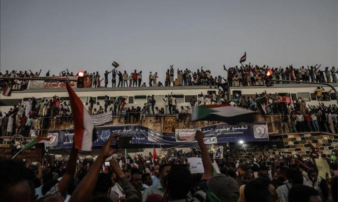 الثورة السودانية ودرس التجربة المصرية: السلطة للمدنيين