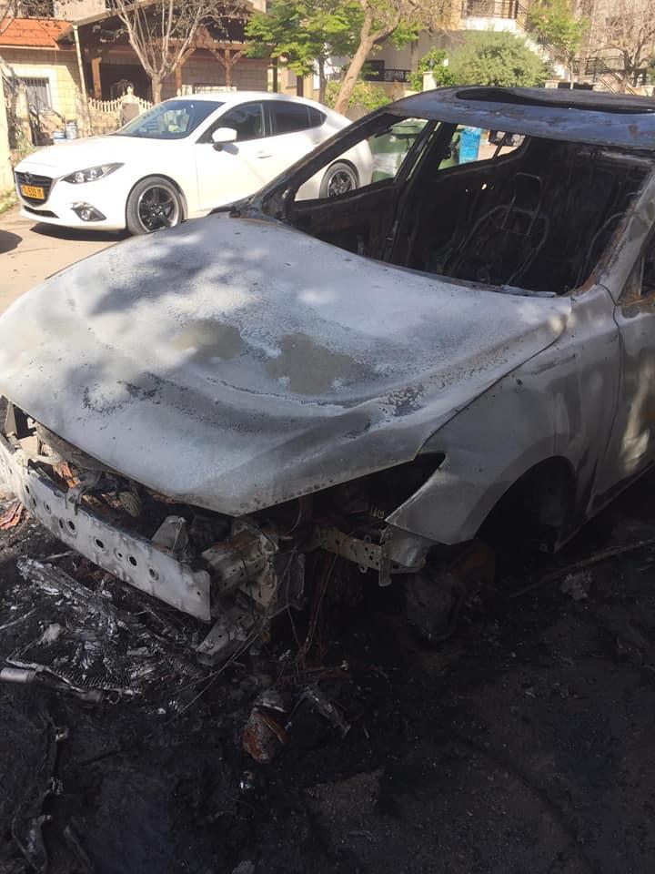 أم الفحم: إضرام النار بسيارة مواطن