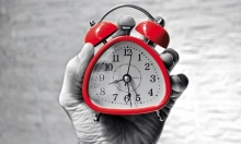 دراسة: عادات يومية تضر بالساعة البيولوجية