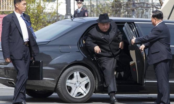 مرسيدس تتساءل: من أين حصل كيم على سيارته؟