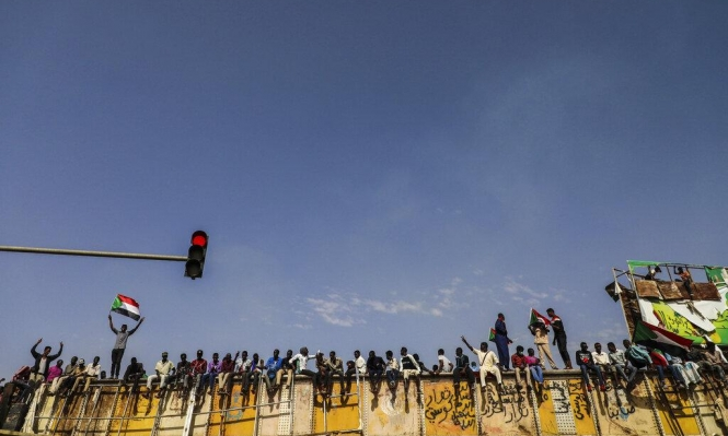 السودان: تضارب الأنباء حول الإفراج عن رموز النظام السابق