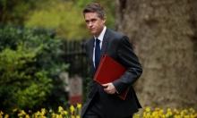 بريطانيا: إقالة وزير الدفاع بسبب تسريب معلومات لشركة هواوي