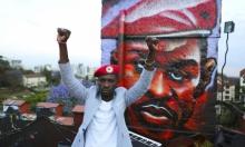 بوبي واين: مغنٍ مشهور وسياسي معارض يلهم الشارع الأوغندي