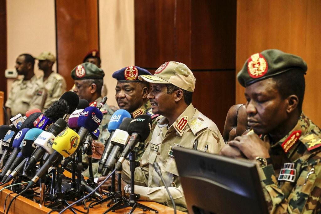 القيادة العسكرية السودانية (أ ب)