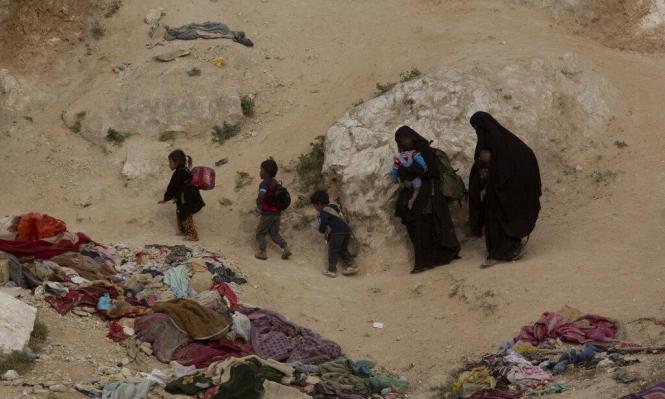 إدلب: نزوح آلاف المدنيين ومقتل 19 بغارات للنظام وروسيا