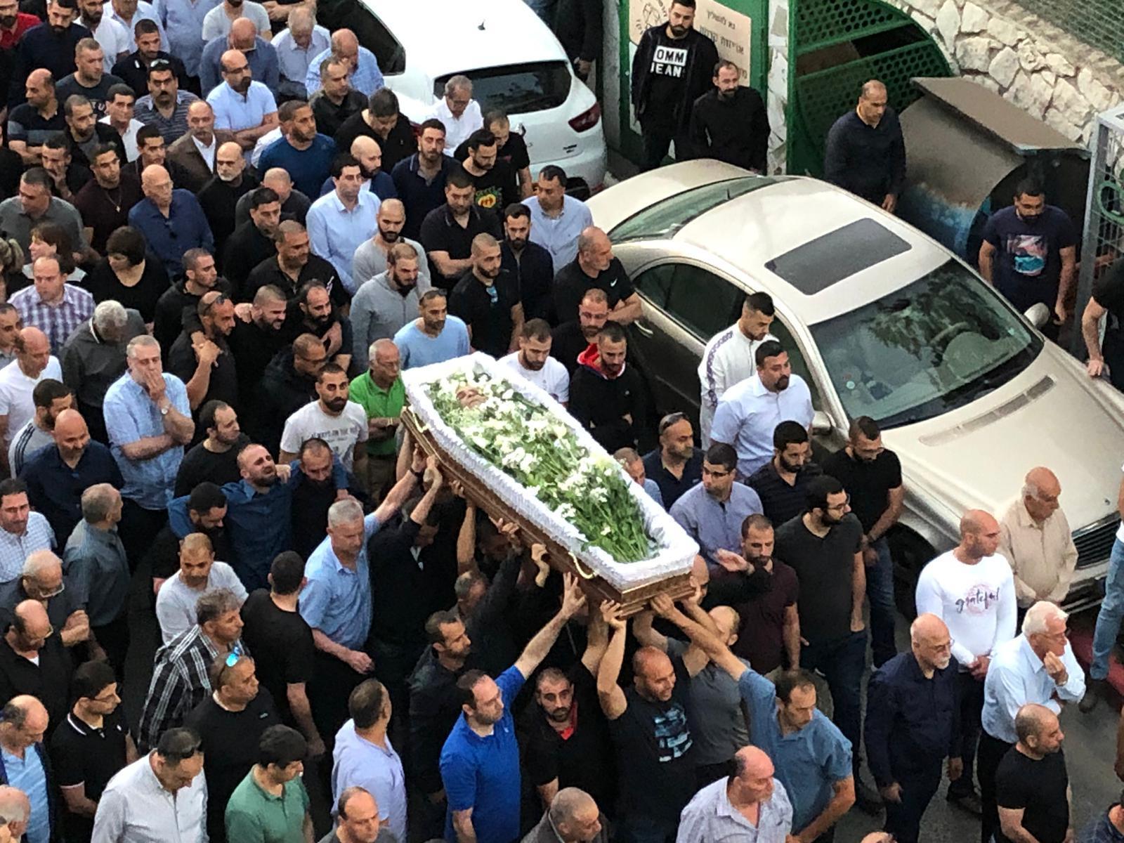 تشييع جثمان توفيق زهر ضحية جريمة القتل في الناصرة
