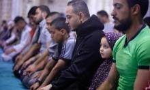 صلاة التراويح في أول أيام رمضان بغزة