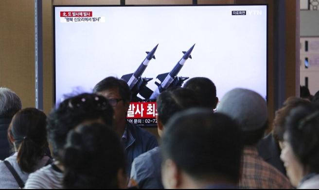 """مناورة كورية شمالية على """"ضربة بعيدة المدى"""""""