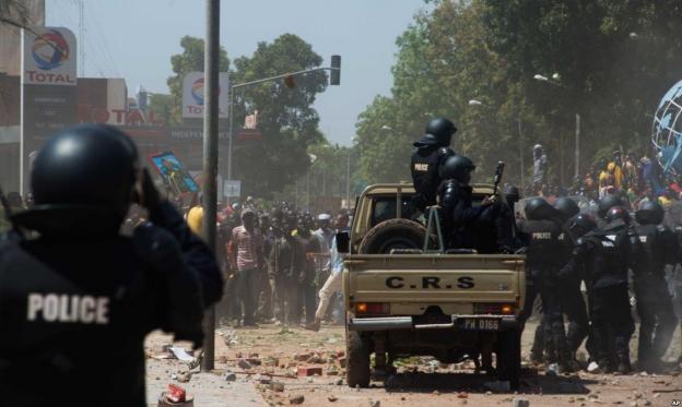 بوركينا فاسو: 6 قتلى في هجوم على كنيسة كاثوليكية