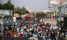 ردًا على تعليق التفاوض: السودانيون يتوافدون إلى مقر الاعتصام