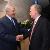 تقديرات إسرائيلية: إيران وراء تفجيرات الفجيرة وخطوط النفط
