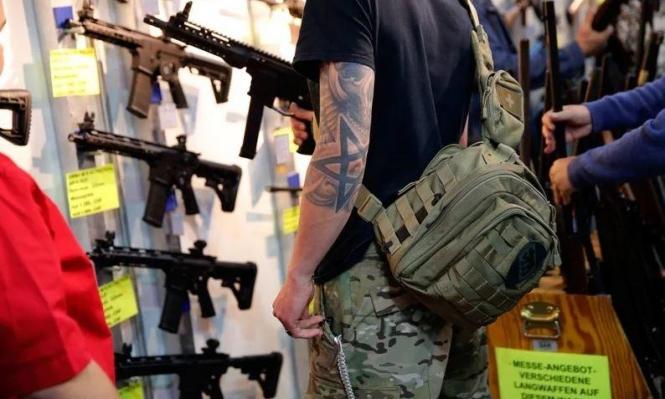 """سويسرا: انطلاق استفتاء قوانين الأسلحة الذي يهدد بقاءها بـ""""شنغن"""""""