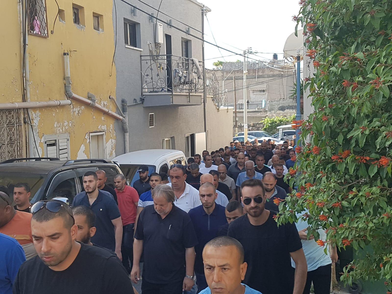 باقة الغربية تشيع ضحية جريمة القتل أحمد ضراغمة
