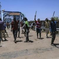 تجمع المهنيين السودانيين يتجه للإضراب والعصيان المدني