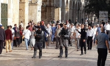 الاحتلال يعتدي على المصلين في المسجد الأقصى بالرصاص والقنابل