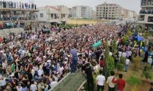 الساروت يعود إلى سورية محمولا على هتاف الحناجر