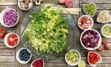 دراسة: تناول الخضروات والفواكه ضروري للصحة القلبية