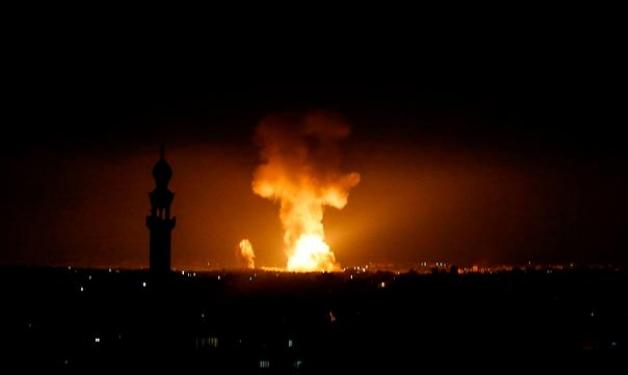 الاحتلال يقصف جنوبي قطاع غزة بعد اعتراض صاروخ
