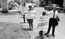 الاستعمار الداخلي في الولايات المتحدة:نظرية سياسية عرقية وطبقية