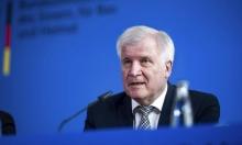 وزير الداخلية الألماني يحذر من إرهاب يميني متطرف