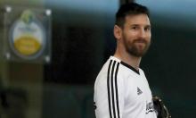 ميسي يطالب برشلونة بإعادة نيمار