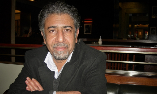 أمجد ناصر: خوف الشاعر من أن يتلفّت وراءه فيرى نفسه