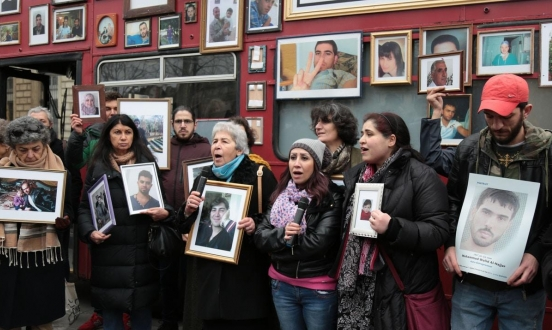 النظام السوري يصدر 700 شهادة وفاة لمعتقلين بسجونه في 2019