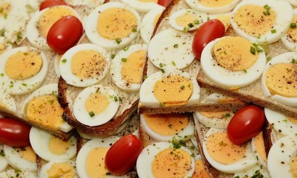 دراسة: البروتينات تقي المسنات من الوهن