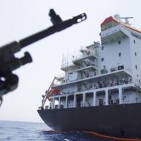 إيران تسقط طائرة تجسس أميركية والجيش ينفي ويتراجع عن النفي