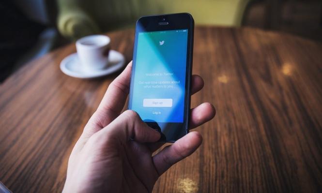 دراسة: بالأرقام.. كيف تؤثر مواقع التّواصل الاجتماعي على الصّحفيّين؟