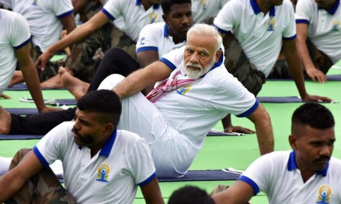 اليوغا في يومها العالمي: قوة الهند الناعمة لغزو العالم