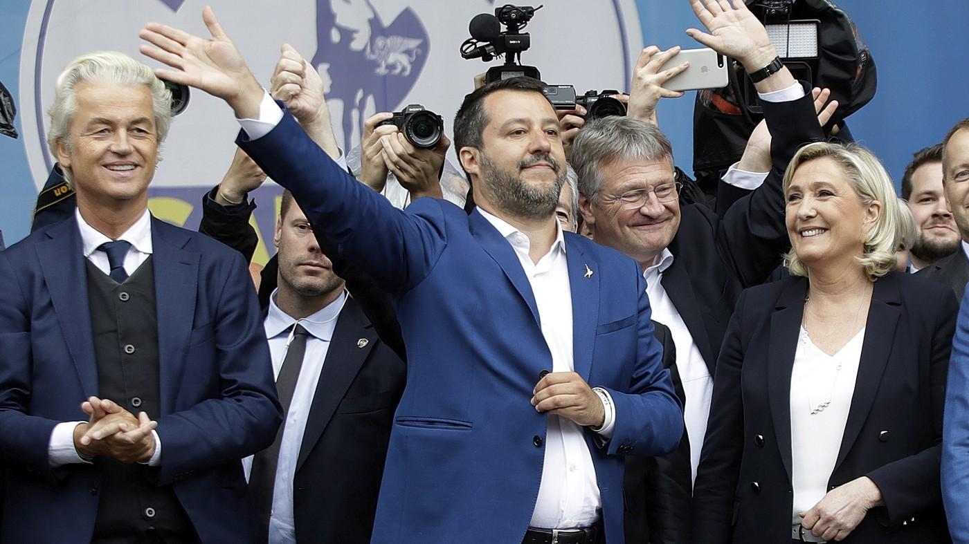 سالفيني وقادة اليمين في أوروبا (أ ب)