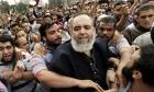 مصر: أنباء عن دخول حازم أبو إسماعيل بغيبوبة في معتقله