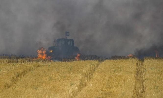 اندلاع 15 حريقا في غلاف قطاع غزة