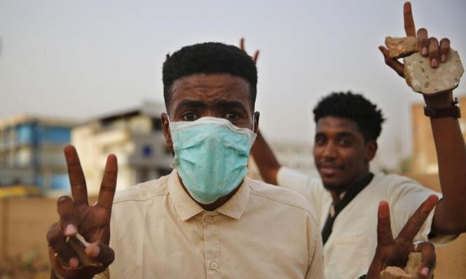"""السودان: """"المهنيين"""" يؤكد تطابُق المبادرتين الإثيوبية والإفريقية و""""العسكري"""" يناقضه"""