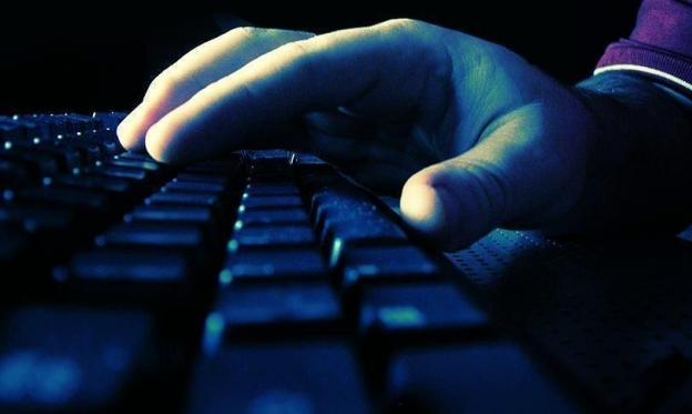 قطع الإنترنت.. سلاح الأنظمة في العالم العربي