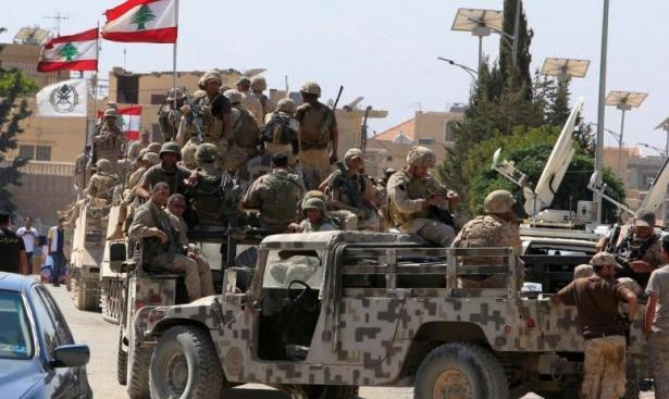 """السلطات اللبنانية تتعهد بـ""""إعادة الأمن"""" إلى منطقة عالية"""