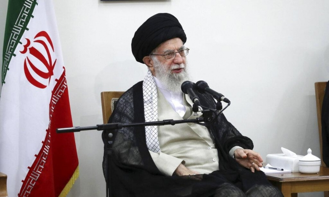 إيران: بحال رفعت العقوبات ووافق خامنئي سنجري محادثات مع أميركا