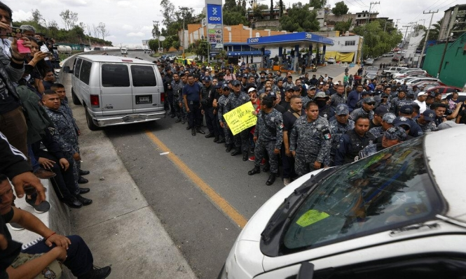 المكسيك تحصن حدودها مع غواتيمالا لوقف تدفق المهاجرين