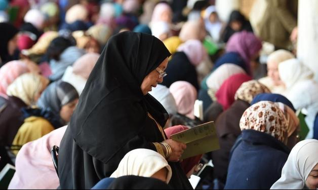 تونس تمنع النقاب في المؤسسات العامّة